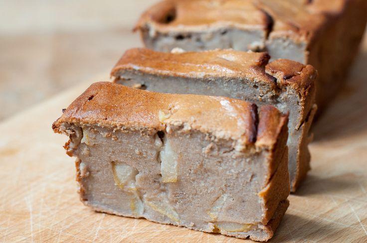 Three girls one kitchen: Gezond tussendoortje: Smeuïge appel-peer cake