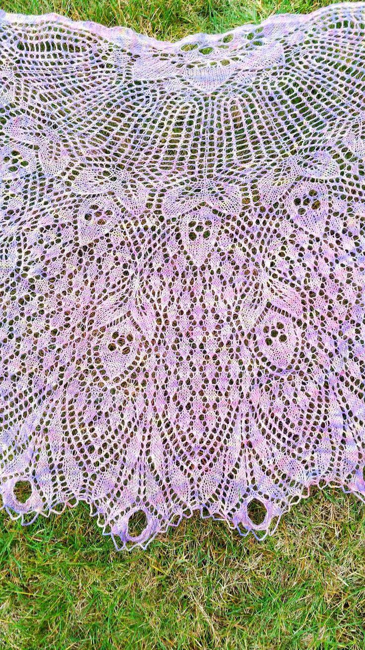 Lefted knits creations Herbert Niebling's Eichel