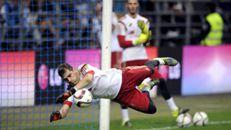 Casillas iguala Xavi com 151 jogos na Liga dos Campeões