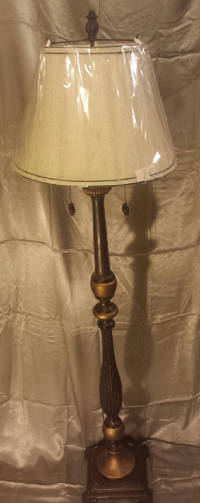 5u00274 Floor Lamp In Ourglassu0027 Garage Sale In Fort Gibson , OK For