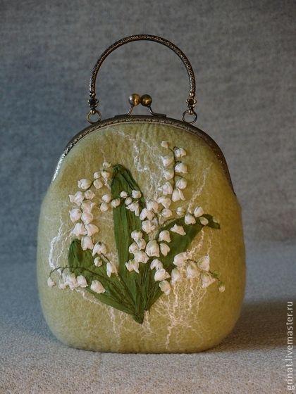 """Felted Purse Lily of valey Сумочка""""Ландыши """" - цветочный,салатовый,Валяние,сумка ручной работы,сумочка ручной работы"""