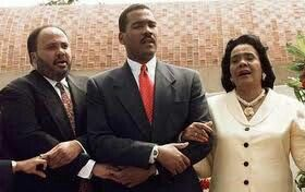 Mrs.Coretta Scott King and her sons Martin Luther King ||| and Dexter Scott King