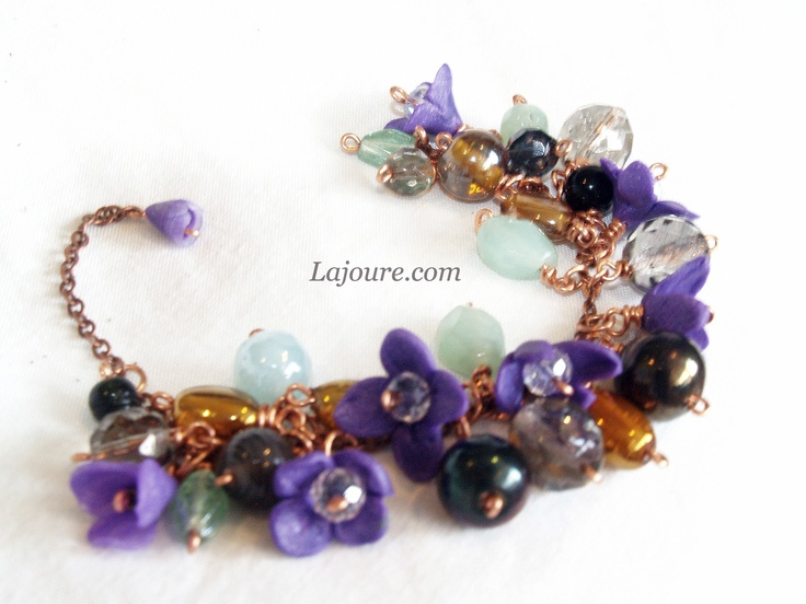 Bracelet: Swarovski crystals, polymer clay, glass beads, cooper wire.