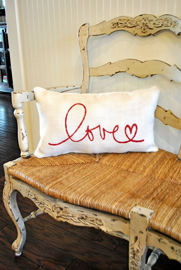 burlap & embroidery pillow