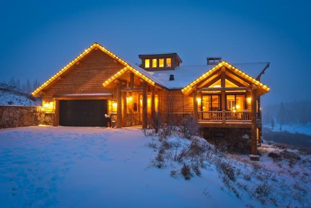 Moose lodge at crooked creek in fraser colorado usa for Grand lake colorado cabin rentals