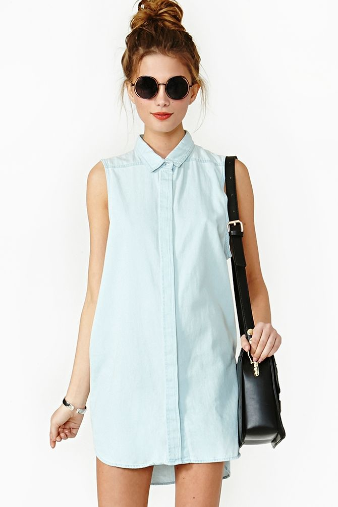 belt it with a skinny white braided belt and you have a perfect day summer outfit