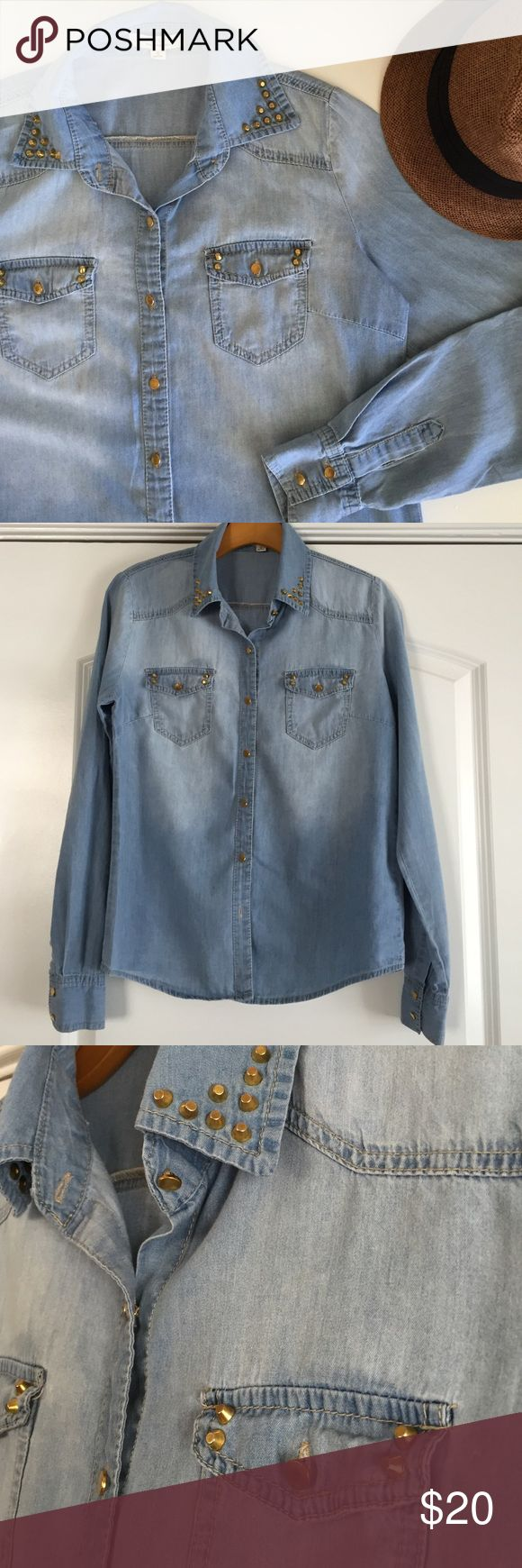 Denim Long Sleeve Top Gold stud detail on collar and pockets. Gold buttons. Light denim wash with tailored fit. Made of 100% cotton. Iris  Tops Button Down Shirts