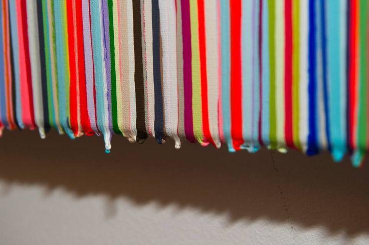 Tableaux de Sabine Nielsen qui est une artiste belge, moderne et contemporaine. Ses toiles à l'acryliques sont visuelles et de couleurs (goutte-a-goutte, dripping,coulures de couleurs)