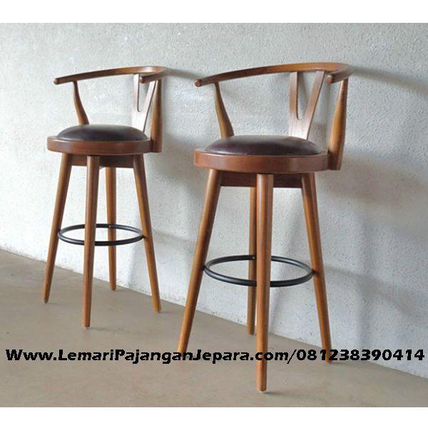 Jual Kursi Bar Cafe Kayu Jati Model Bulatmerupakan desain produk Kursi Cafe Bar dengan desain Bulat/ bundar yang di lengakapi jok bahan oscar yang nyaman