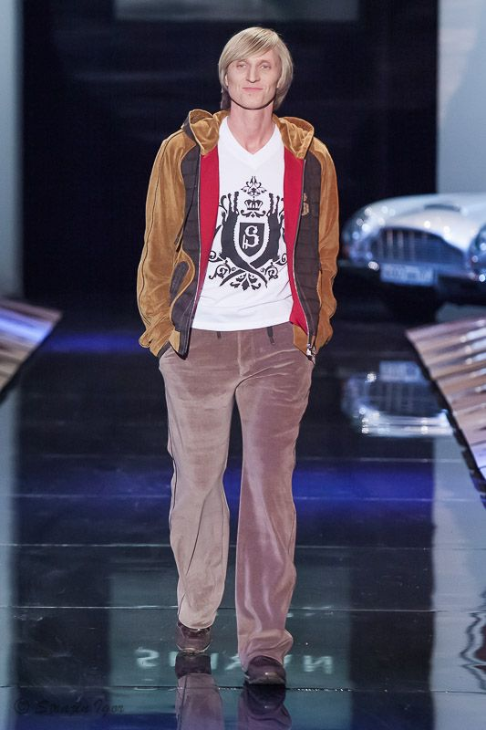 Иван Скорбев, SHIYAN весна-лето 2015 показ на Неделе моды в Москве  #SHIYAN #НеделеМодывМоскве #MFW #весналето2015 #SS2015 #SpringSummer2015