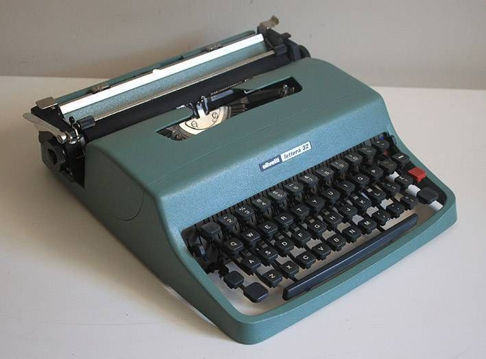 Up for sale is this retrovintage Olivetti Lettera 32 manual typewriter with its case It was made in Spain in 1963 A very popular model that is nice to type on, ..., 1140829956