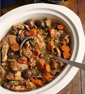Kycklinglår är perfekta att koka i Crock-Pot eftersom de behåller sin saftighet. Recept från Eatingwell.