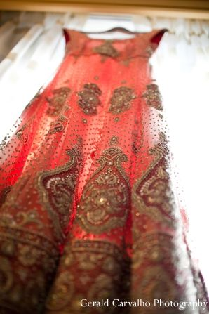 indian wedding bridal lengha traditional http://maharaniweddings.com/gallery/photo/7894