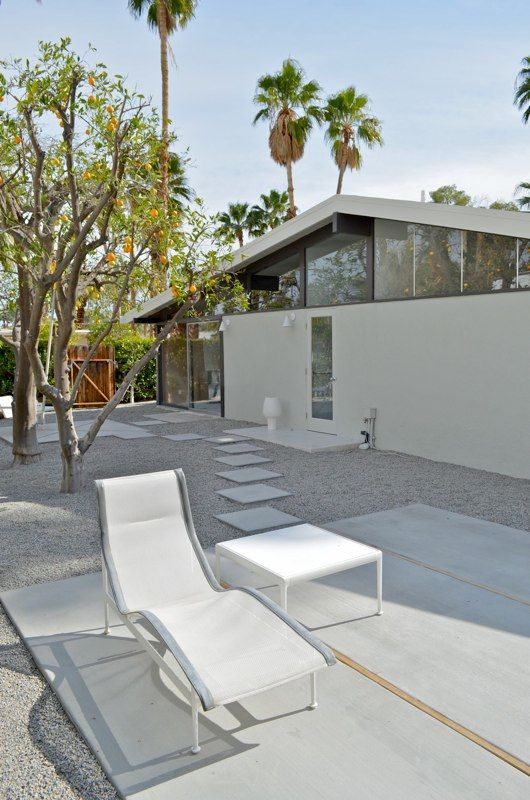 Architecture interiors and landscaping ideas for the for New mid century modern homes palm springs