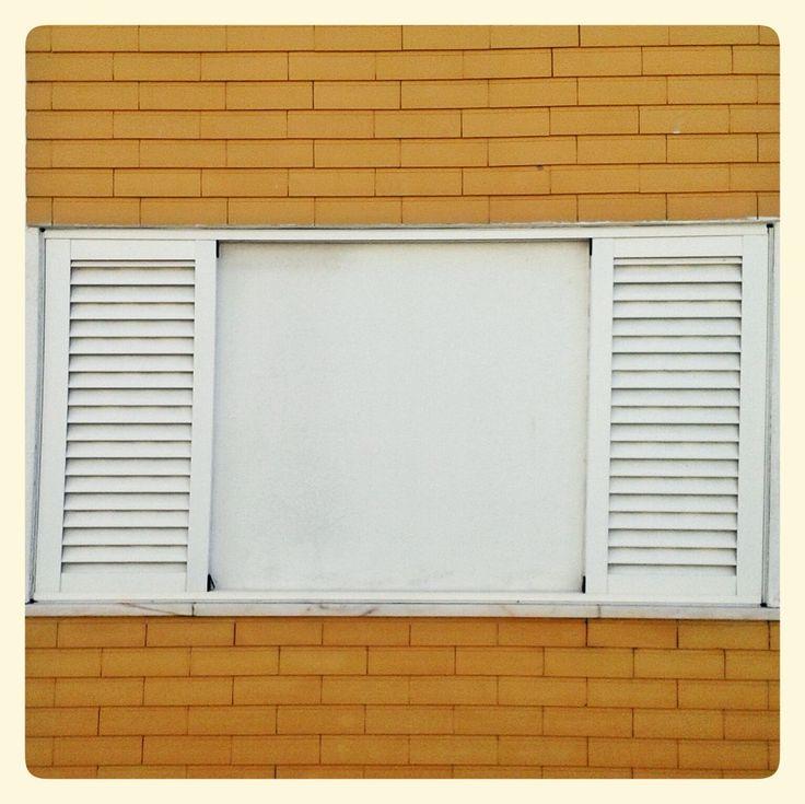fake window;