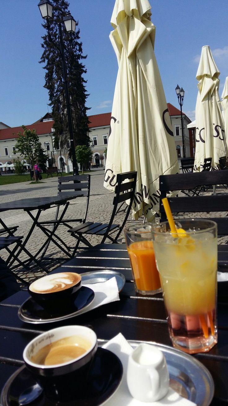 #good #life #lemonade #coffee #sun @ Irish Pub, Sfântu Gheorghe, Covasna