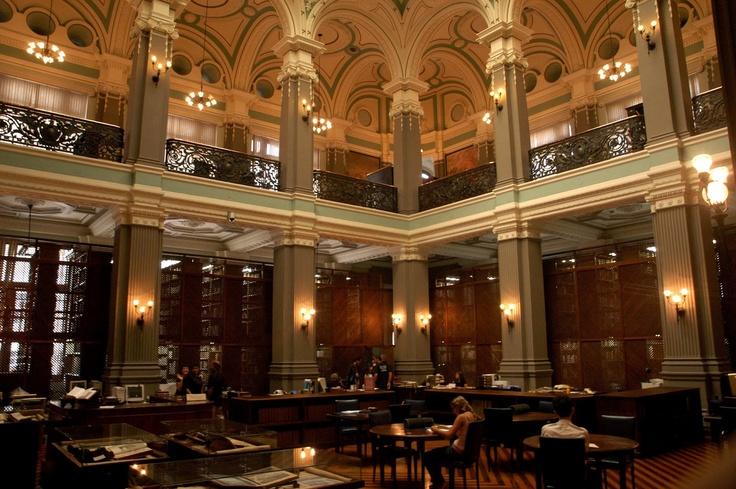 Elfi Kürten Fenske: Bibliotecas - Tesouros da Humanidade