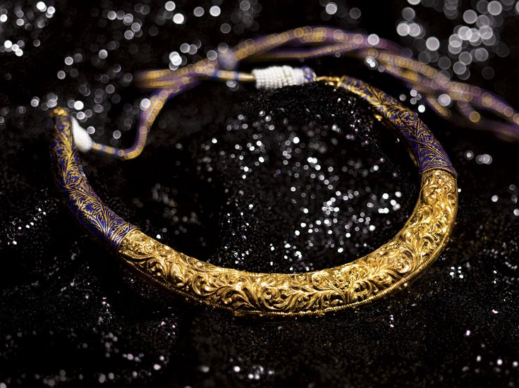 Glam Gold!