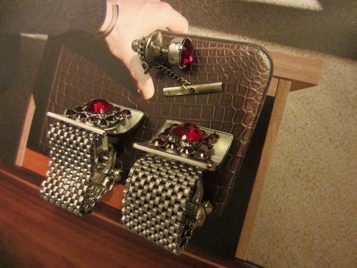 Mesh Ruby Imitation Cuff Link Set By Roger Seattle