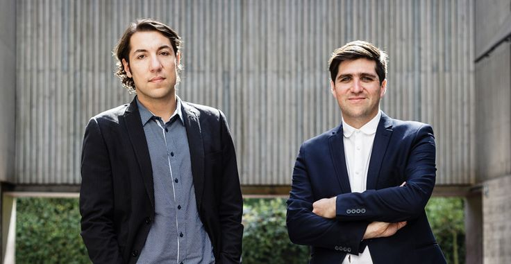 It's not everyday that you hear a success story that's changing the face of our cities.  In this podcast we speak with David Basulto (on the right), founder and editor in chief of Archdaily to hear his personal story. David and his partner grew the most widely read architecture website in the world; 300 000 daily readers and about 70 million page views per month. It's fun, smart and informative.   http://www.naturalscool.com/post/2731/the-inside-story-of-archdailys-rise-to-success/