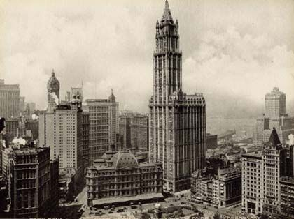 April 24, 1913  The Woolworth Building skyscraper in New York City is opened.