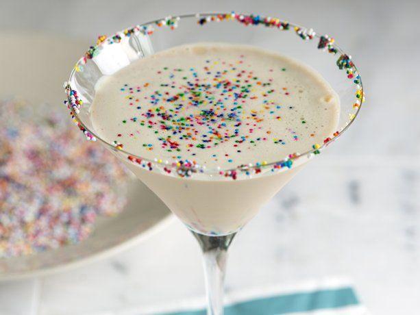 Sugar Cookie Martini @karadelarosa