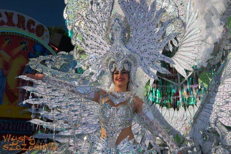 Na naszym portalu znajdziecie szczegółowy program Karnawału w Santa Cruz de Tenerife 2017, informacje o cenach biletów na imprezy zamknięte i miejscach ich sprzedaży oraz nasze galerie zdjęć z lat ubiegłych.
