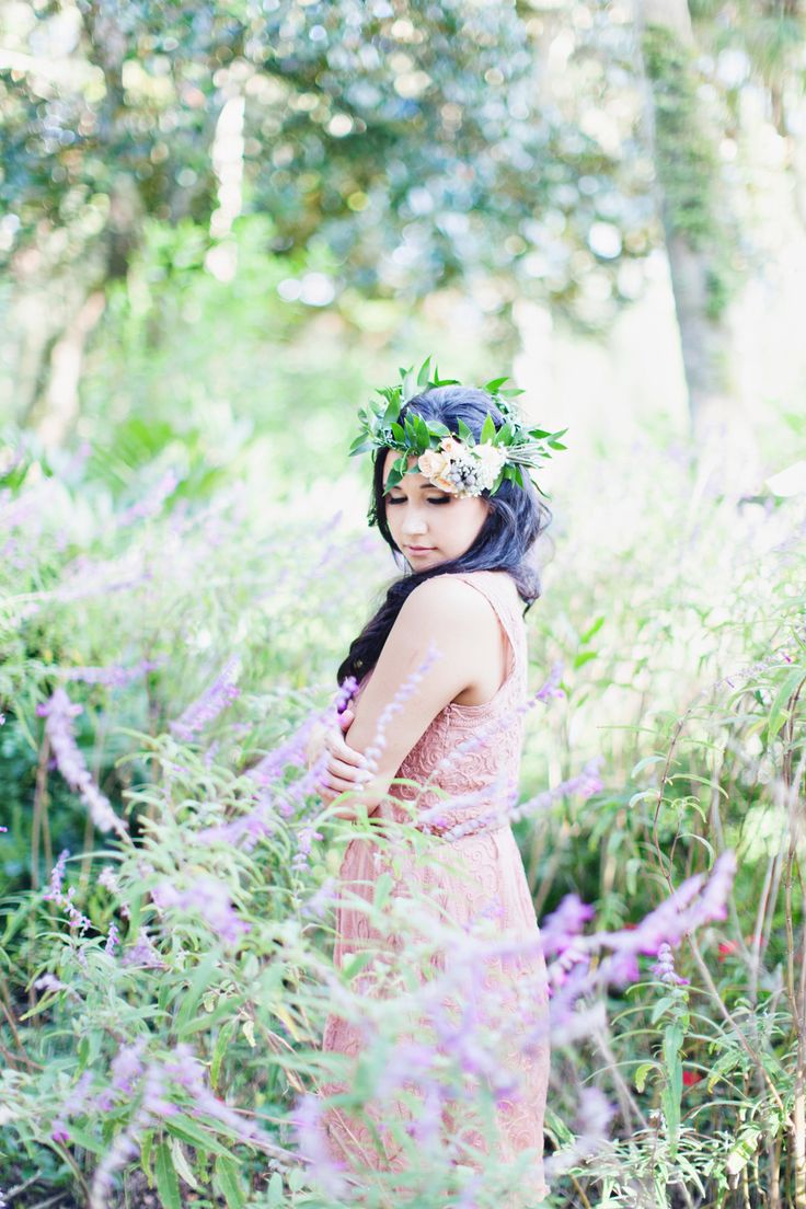 Outdoor Engagement With The Prettiest Fl Crown Photography Flora Fauna Www Loveflorafauna