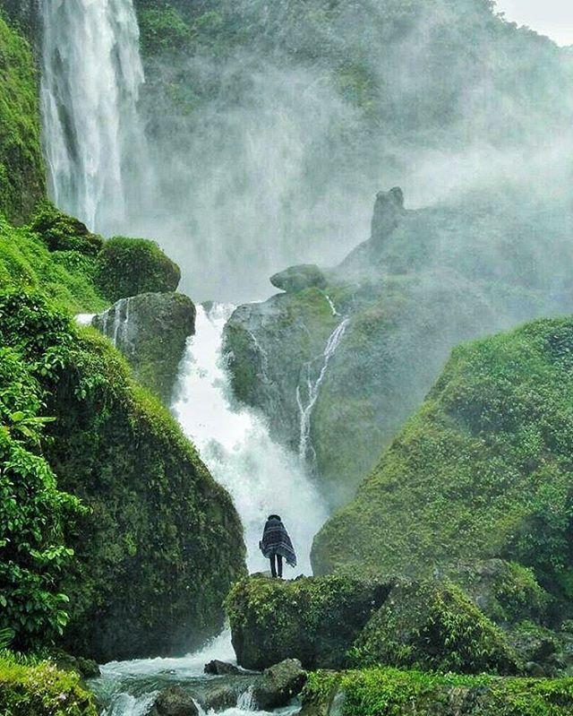 Location : Citambur Waterfall, Cianjur , west java - Indonesia
