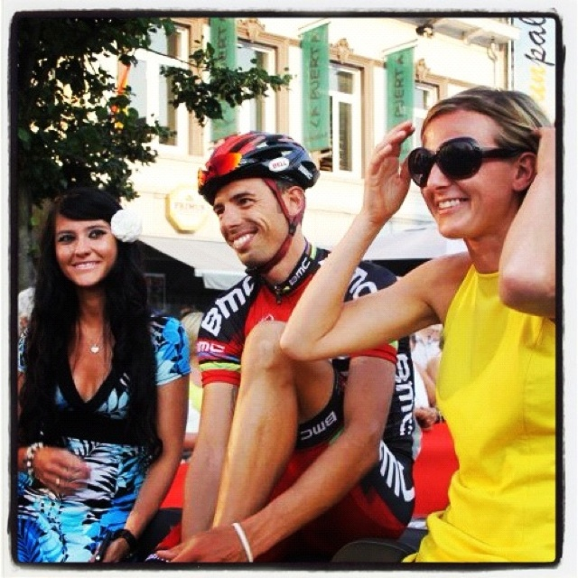 Being a cabrio-miss at Herentals Fietst 2012. Together with Alessandro Ballan :-)