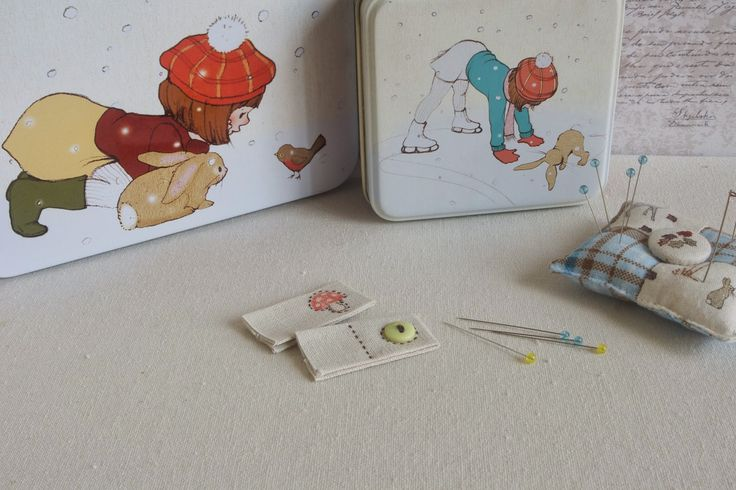 Stitching Notes: Tutorial: Teeny Weeny Handmade Sewing Labels