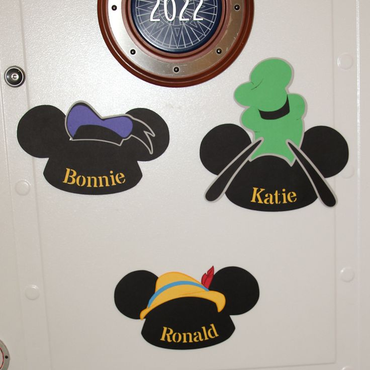 Fun Door Name Signs for the Disney Cruise. Mickey Ears with little hats.