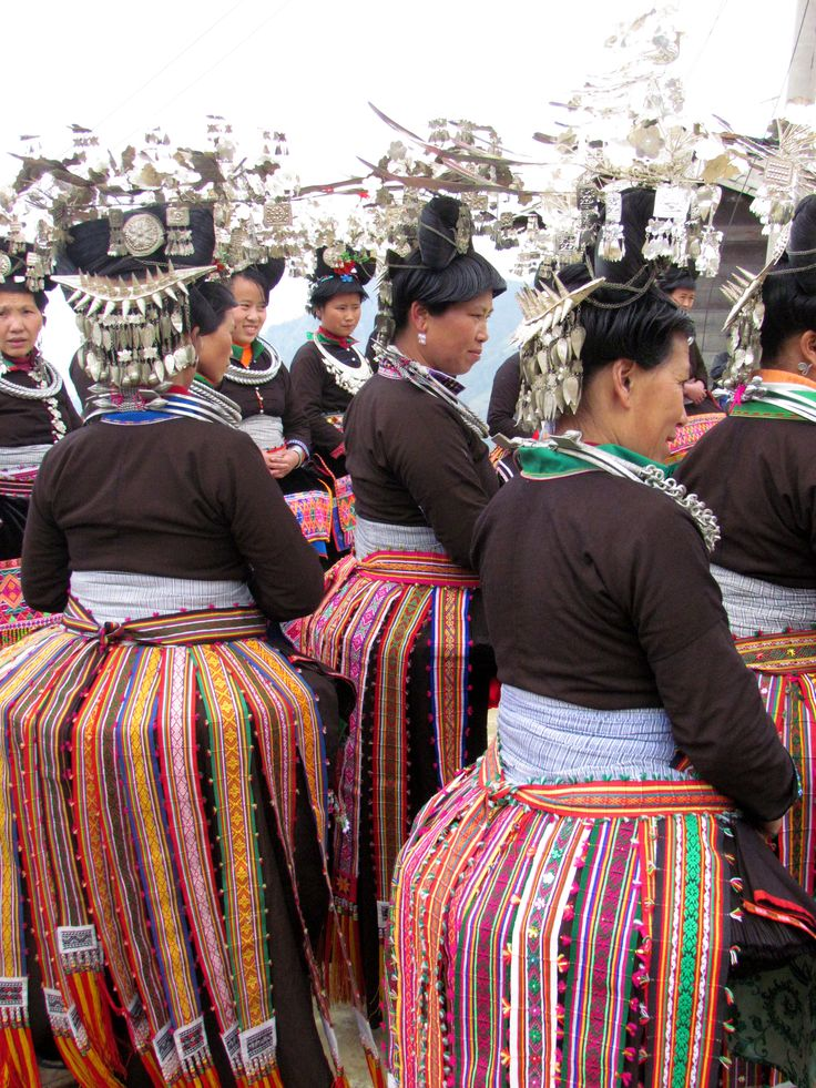 1000+ ideas about Hmong Clothing on Pinterest | Hmong ... Miao People Art