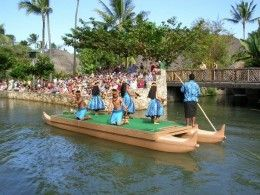 Oahu, Hawaii: Must Do Activities When you do the bus tour for the Polynesian Cultural Center, you're in for a whole day full of events.  There are lots of different shows and exhibits to keep you entertained