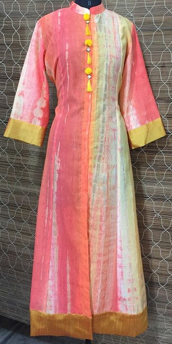 Our love for Long and Flowy Floor length Kurtis continues with the Peach Basant Kurti ... a floor Length front open Kalidaar Kurta with Pom Pom mirror ! Style -