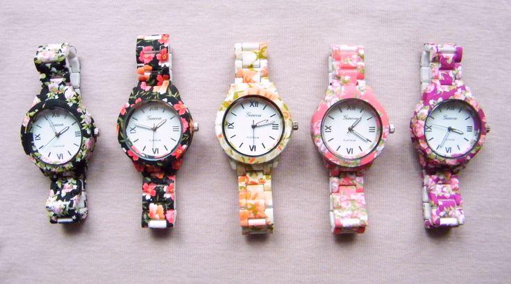 Floral wristwatch