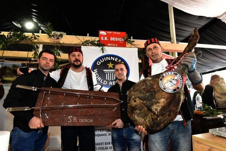 The record pršut needed a custom-made holder (photo credit: Dusko Marusic/Pixsell) http://www.croatiaweek.com/photo-guinness-world-record-prsut-presented-in-istria/