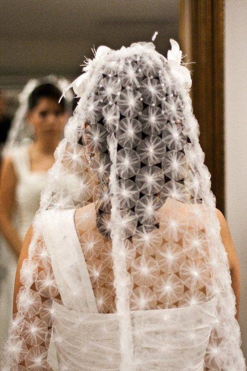 Veil made of tulle yoyos.