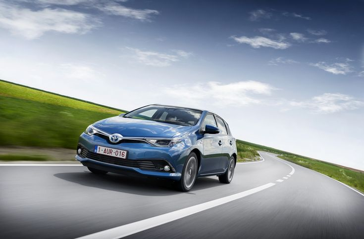 1920x1265 toyota auris windows wallpaper for desktop
