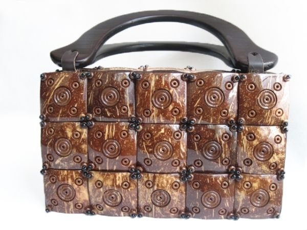 Tas Batok Kelapa - Coconut Shell Bag (DI Yogyakarta)