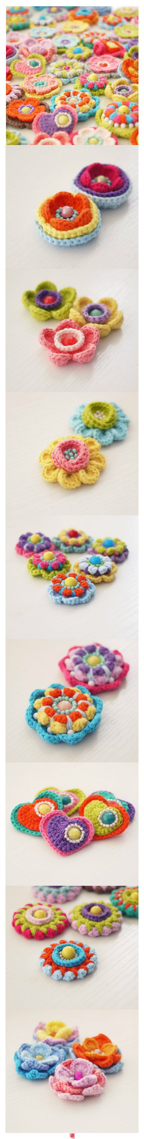 Crochet flowers for brouche