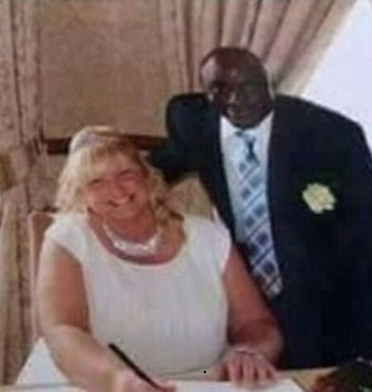 British Woman Exposes Her Nigerian Husband Hours After He Married Another Woman in Nigeria (Photos) http://ift.tt/2lq8QuR