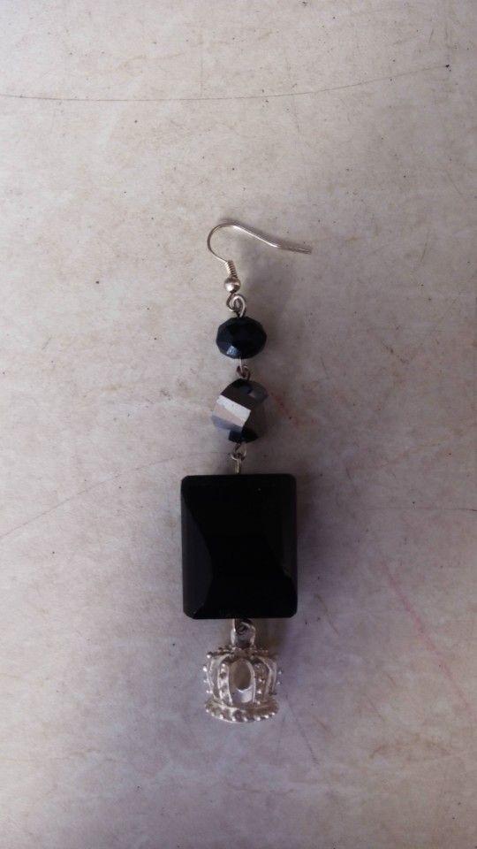 Handmade earrings designed by Elli lyraraki!