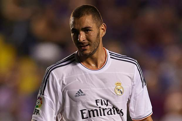 Arsenal close on Karim Benzema transfer (By Seif_Soliman) http://worldinsport.com/arsenal-close-on-karim-benzema-transfer/