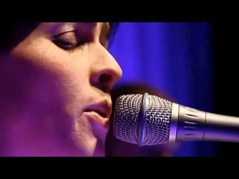 Vidéo 5'47 - Souad Massi - YA KALBI - Live - https://www.youtube.com/watch?v=fDNWicyrrfU