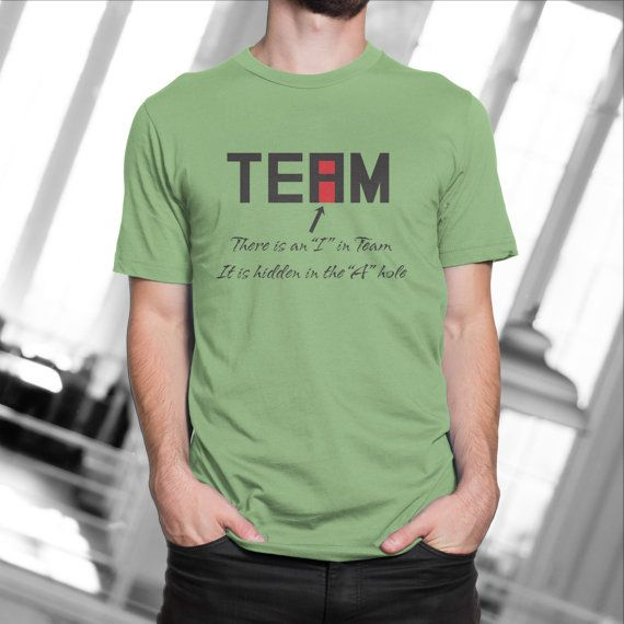 Funny office gift idea, Office humor shirt, There is an I in team t-shirt, Mens funny t-shirt, Coworker gift idea, Gift for Boss  Looking for a gift idea for a coworker with a good sense of humor? Or maybe you are looking for a holiday gift idea for you boss? Look no further, this t-shirt is the perfect idea?  Like this design but dont know what size to get? See this design on a mug here: https://www.etsy.com/listing/113485140/office-humor-funny-i-in-team-mug  There i...