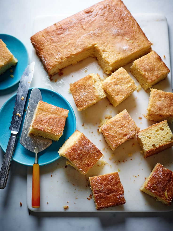 This cake packs a punch thanks to the classic flavours of a G