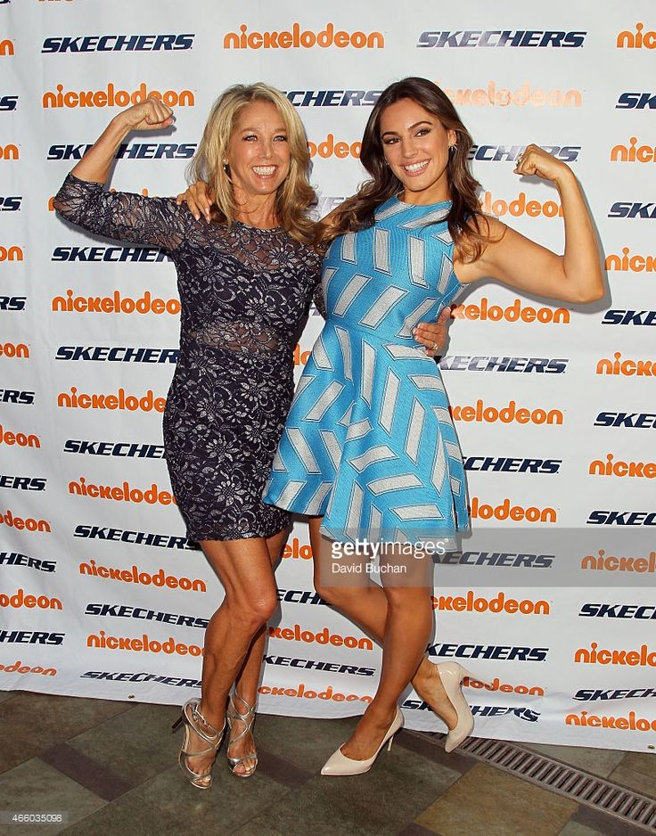 Fitness instructor Denise Austin (L) and Model Kelly Brook attend the 6th Annual Skechers Pier to Pier Friendship Walk check presentation at Shade Hotel on March 12, 2015 in Manhattan Beach, California.