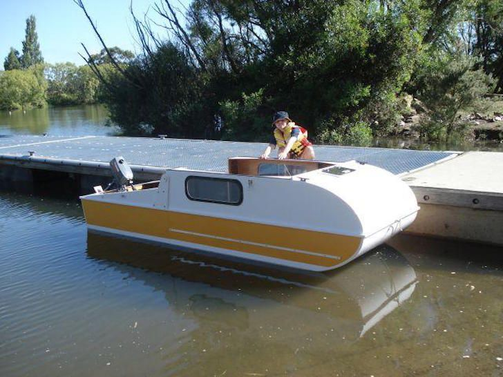 When You See This Tiny DIY Boat Camper, You'll Love It