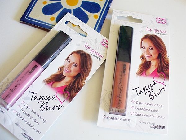 Tanya Burr Lipgloss. Kiss Me On The Lips - Let's talk beauty